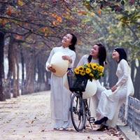8 địa điểm chụp ảnh đẹp ở Hà Nội