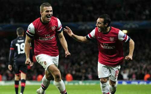 Everton- Arsenal: Tiếp cận Top 4 - 1