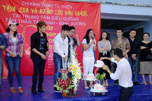 Tuổi 40, Việt Trinh thách thức thời gian - 17