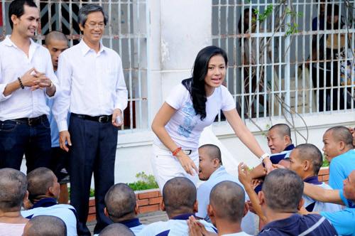 Tuổi 40, Việt Trinh thách thức thời gian - 9