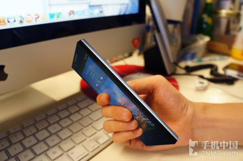 Oppo Find 5 ca ngợi màn hình Full HD - 2