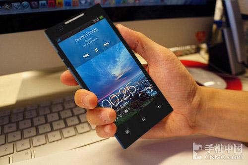 Oppo Find 5 ca ngợi màn hình Full HD - 1