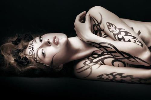 Những cơ thể nude sơn màu tuyệt đẹp - 3