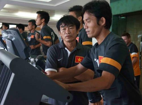 ĐT Việt Nam tập chay tại khách sạn - 3