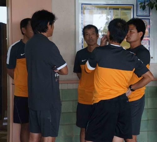 ĐT Việt Nam tập chay tại khách sạn - 6