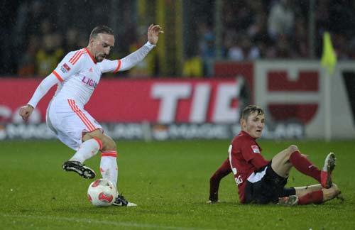 Freiburg – Bayern: Vững bước tiến lên - 1