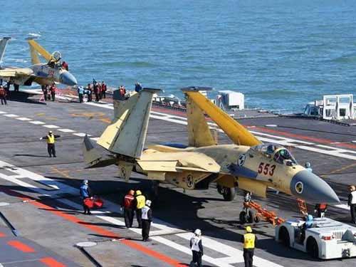 """Trung Quốc không nhận J-15 là hàng """"nhái"""" - 1"""