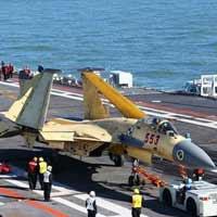 """Trung Quốc không nhận J-15 là hàng """"nhái"""""""