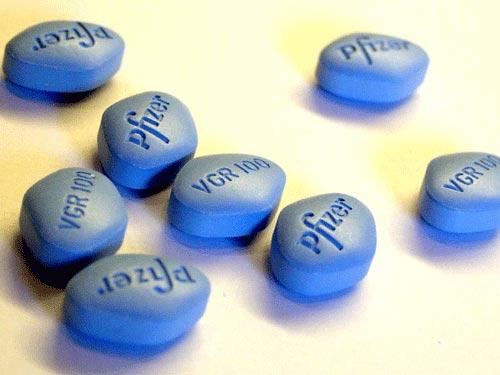 Cụ ông 73 tuổi hôn mê vì thuốc bổ nhái Viagra - 1