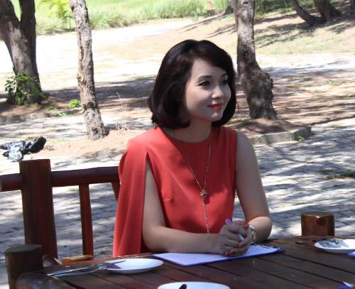 Mai Thu Huyền nghiêm khắc trên ghế nóng - 10