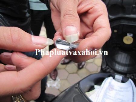 NK141: Bác sỹ mua ma túy đá về... dùng - 4