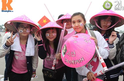Fan Việt đội mưa, rét xem Kpop - 6