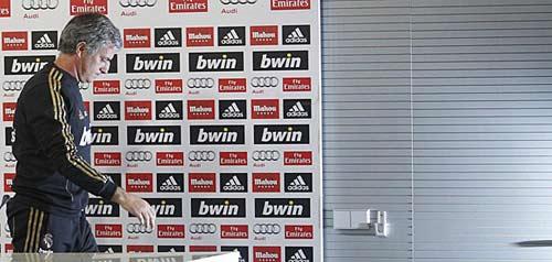 """Mourinho: """"Người đặc biệt"""" cũng khóc - 2"""