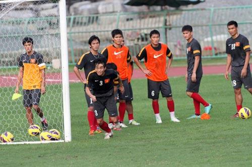 Công Vinh ngồi dự bị trận gặp Thái Lan - 6