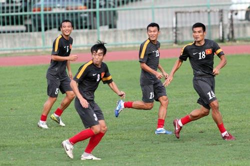 Công Vinh ngồi dự bị trận gặp Thái Lan - 7