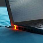 Công nghệ thông tin - Cắm sạc laptop khi pin đã đầy có hại không?