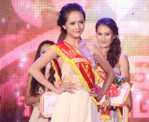 Nữ sinh Văn Hóa đăng quang Hoa khôi Hà Nội - 2