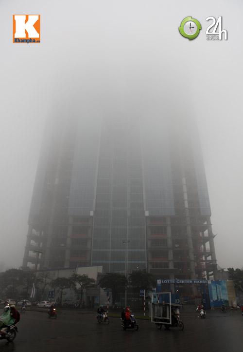 Hà Nội chìm trong sương mù - 10