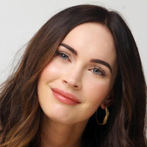 Megan Fox mặt sưng tấy, cười gượng gạo - 6