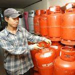 Thị trường - Tiêu dùng - Giá gas giảm 12.000 đồng/bình