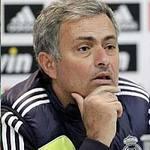 """Bóng đá - Mourinho: """"Có giỏi thì đến đây…"""""""
