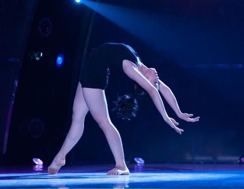 Bước nhảy lộ diện ứng viên quán quân - 11