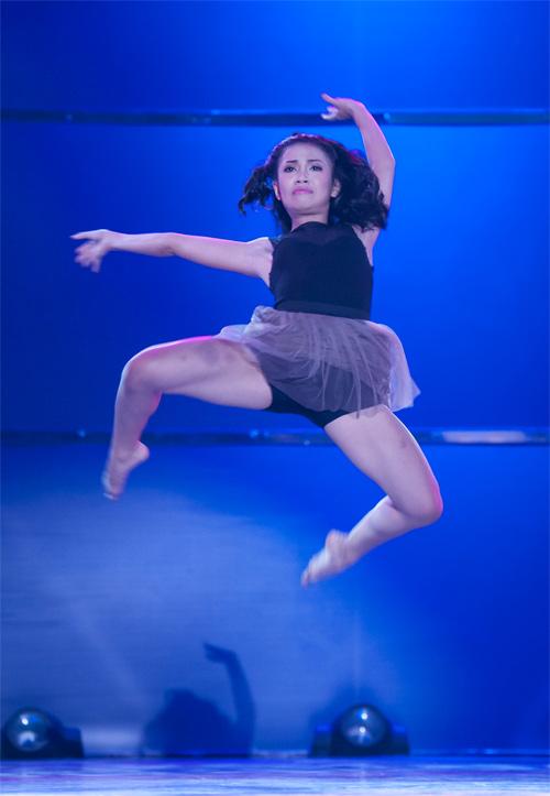 Bước nhảy lộ diện ứng viên quán quân - 12