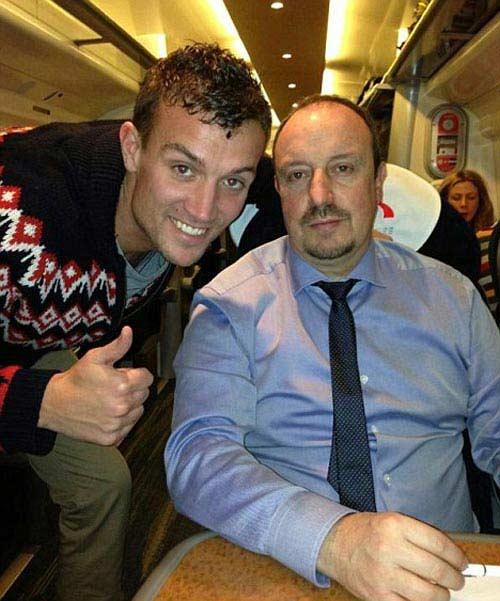 Thua trận, Benitez âu sầu về Liverpool - 1
