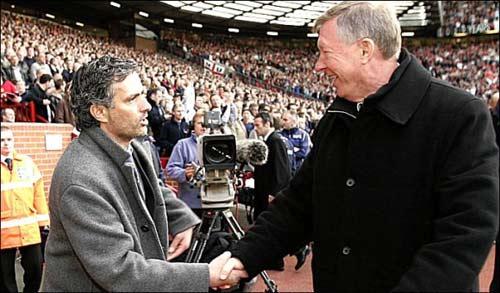 """Sir Alex """"tiến cử"""" Mourinho - 1"""