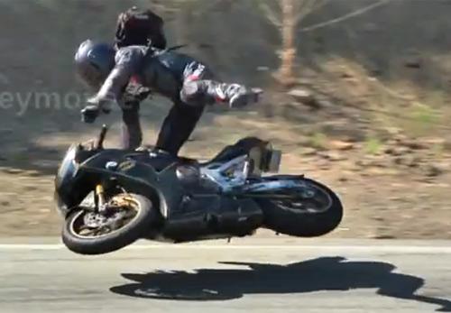 Những tai nạn đáng sợ của biker - 1