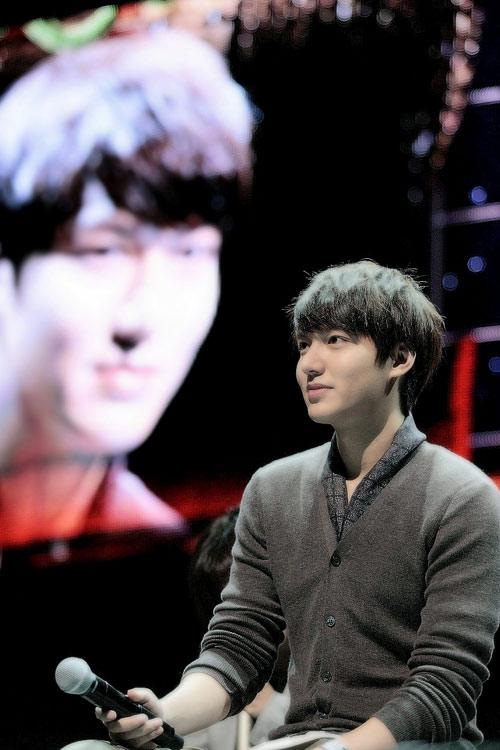 Lee Min Ho làm nức lòng fan Nhật - 4
