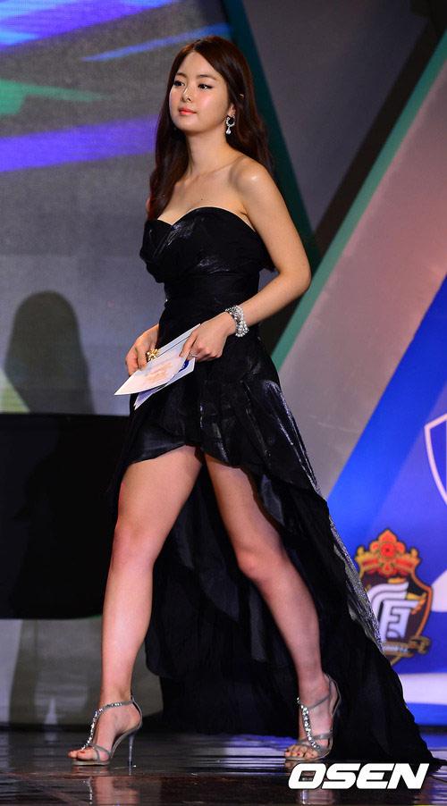 Đi xem cuộc thi Hoa hậu vòng 3 săn chắc - 9