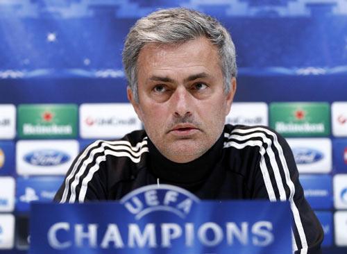 Mourinho phó mặc tương lai cho Perez - 1