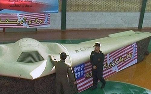 Iran bắt giữ máy bay không người lái của Mỹ - 1