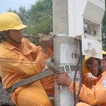 Thị trường - Tiêu dùng - Giá điện 2013: Cõng khoản lỗ hàng chục ngàn tỷ
