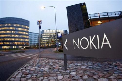 Nokia phải bán trụ sở chính để trả nợ - 1