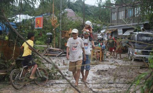 Philippines: Hơn 200 người chết vì bão Bopha - 2