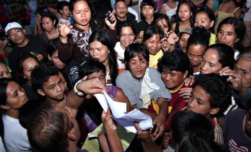 Philippines: Hơn 200 người chết vì bão Bopha - 5