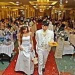 Tin tức trong ngày - Tiệc cưới phải trình giấy kết hôn: Vô lý