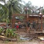 Tin tức trong ngày - Chùm ảnh: Siêu bão Bopha tàn phá Philippines