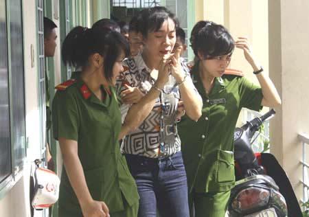 """Khởi tố, bắt tạm giam vợ """"siêu trộm"""" Đặng Ngọc Tân - 3"""