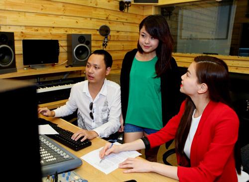 Team Hà Hồ tất bật đón Giáng Sinh - 5