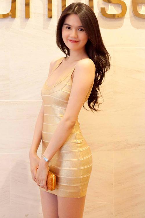 Top 10 mỹ nhân mặc đẹp nhất showbiz Việt - 11