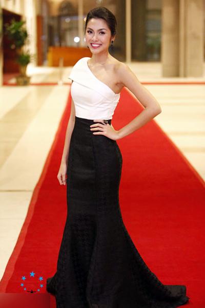 Top 10 mỹ nhân mặc đẹp nhất showbiz Việt - 7