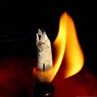 Ngọn đèn ngàn năm không tắt trong cổ mộ