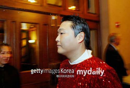 Psy nhảy ngựa trước Tổng thống Mỹ - 1