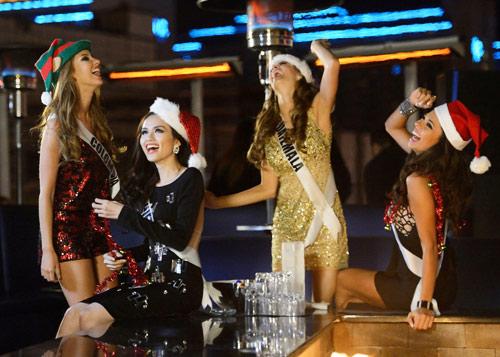 Tin mới nhất về Diễm Hương từ Las Vegas: Chỉ ngủ 1,5 tiếng/ngày, xếp hạng thứ 13   1355385052 diem huong  25
