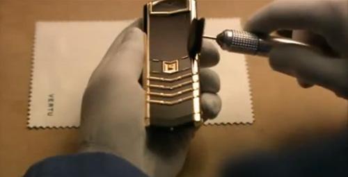 Cấu tạo tuyệt vời của điện thoại S design - 4