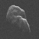 Tin tức trong ngày - Xem thiên thạch khổng lồ bay sát trái đất