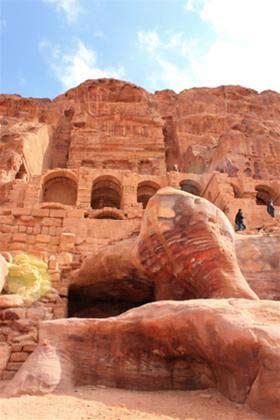 Petra, màu hoang tàn rực rỡ - 2